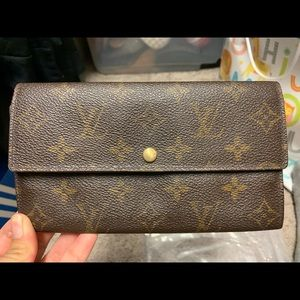 Authentic Louis Vuitton Sarah Wallet - Vintage